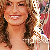 vintagepeach: Mariska at Emmys