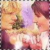 Sarah: green wing: mac/caro cute finger linking