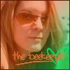 Kellee: beekeeper