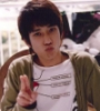 nino peace sign