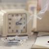 Juno: Cigarrillo ; Reloj