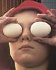 ничего не вижу - яйца в глазах