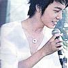 ★SUNNY OR RAINY 曇りでもいい★: microphone; donghae