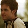 Zach (Thomas Dekker): shrug