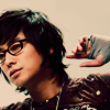 let me see you dance on your tippy toes: Joon Ji Hoon in glasses!