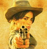 Бандитка с револьвером