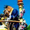 Disney - Parade Belle & Beast