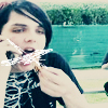 Gee eating.