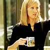 donna and cup