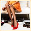 Ноги в красных туфлях
