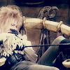 Labyrinth throne