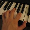 keyboard hand D Maj
