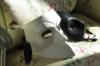 маска на кресле