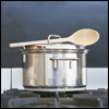 contents under pressure / handle with care: cooking - stock pot