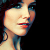 Polia: Sophia Bush-Close Up