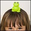 Девочка с лягушкой