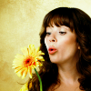 patron saint of neglected female characters: pushing daisies