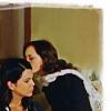 robinpoppins: GG: Lorelai/Rory kiss