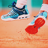 [Tennis] Foot off clay