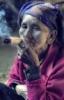 бабка с сигаретой