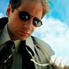 Fox Mulder: sunglasses