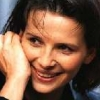 Binoche engaged in conversation