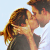Pam Beesley {The Office}: JAM; Kissing in the rain; Engaged!!!
