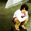 nino with umbrella