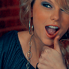 taylor swift thumbs up
