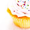 inthekeyofd: Stock-Cupcake-whitefrosting-liquid_garne