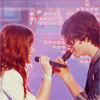 L.: jemi side by side