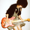 Vik(toria): [*] juri // she's my guitar hero