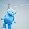 Nounours bleu hanging