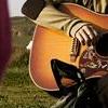 Tom Guitar
