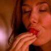 harpiegirl4: yummy strawberry