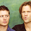 It's code for nerd disguised as a geek: [cw] j2 la con face