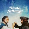 gabytrompelamor: pirate fistbump