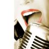 девушка-микрофон
