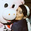 lisa kissing pig xD