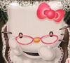 hello kitty with glasses