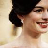 Kelly: Anne Hathaway
