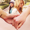 a sinner & a cynic: Blair & Serena - Holding Hands