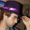 Sarong, Hat