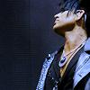 idol: ai8 adam neck