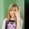 Jennette McCurdy, Peace, Happy, Smile