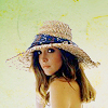 Rose B hat