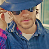 get me a paid account, nao.: mars ~ Jared hat-flannel-shades