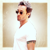 heartagram_lala: Alex O'loughlin - Sunglasses with border