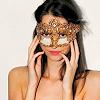 elle.: misc; mask
