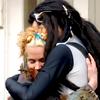 Sarate: hugs